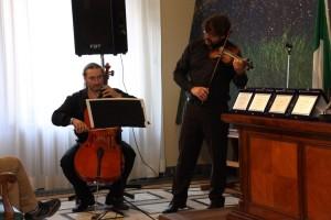 Luca Mengoni (violino) e Federico Perpich (violoncello)